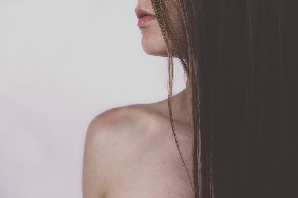【髪の毛を早く伸ばしたい人は必見!】1ヵ月で1㎝以上伸ばす方法